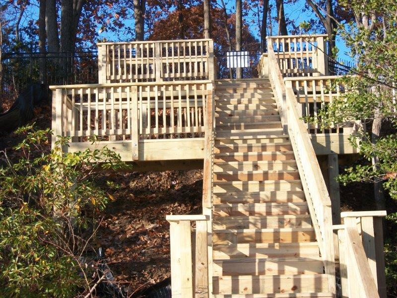 Jamestown Deck construction