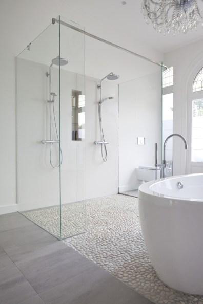 ducha-de-cantos-rodados-1075733-94047