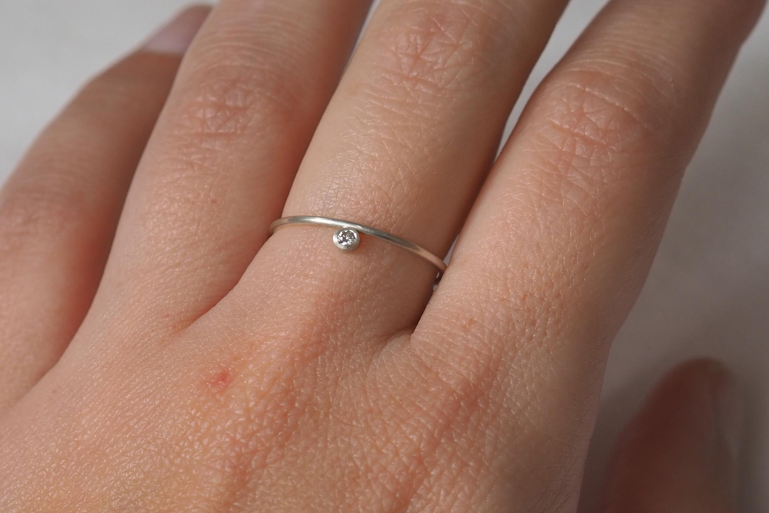 Anillo plata y diamante compromiso