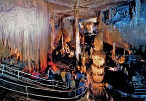 The Living Cave - Blanchard Springs Caverns