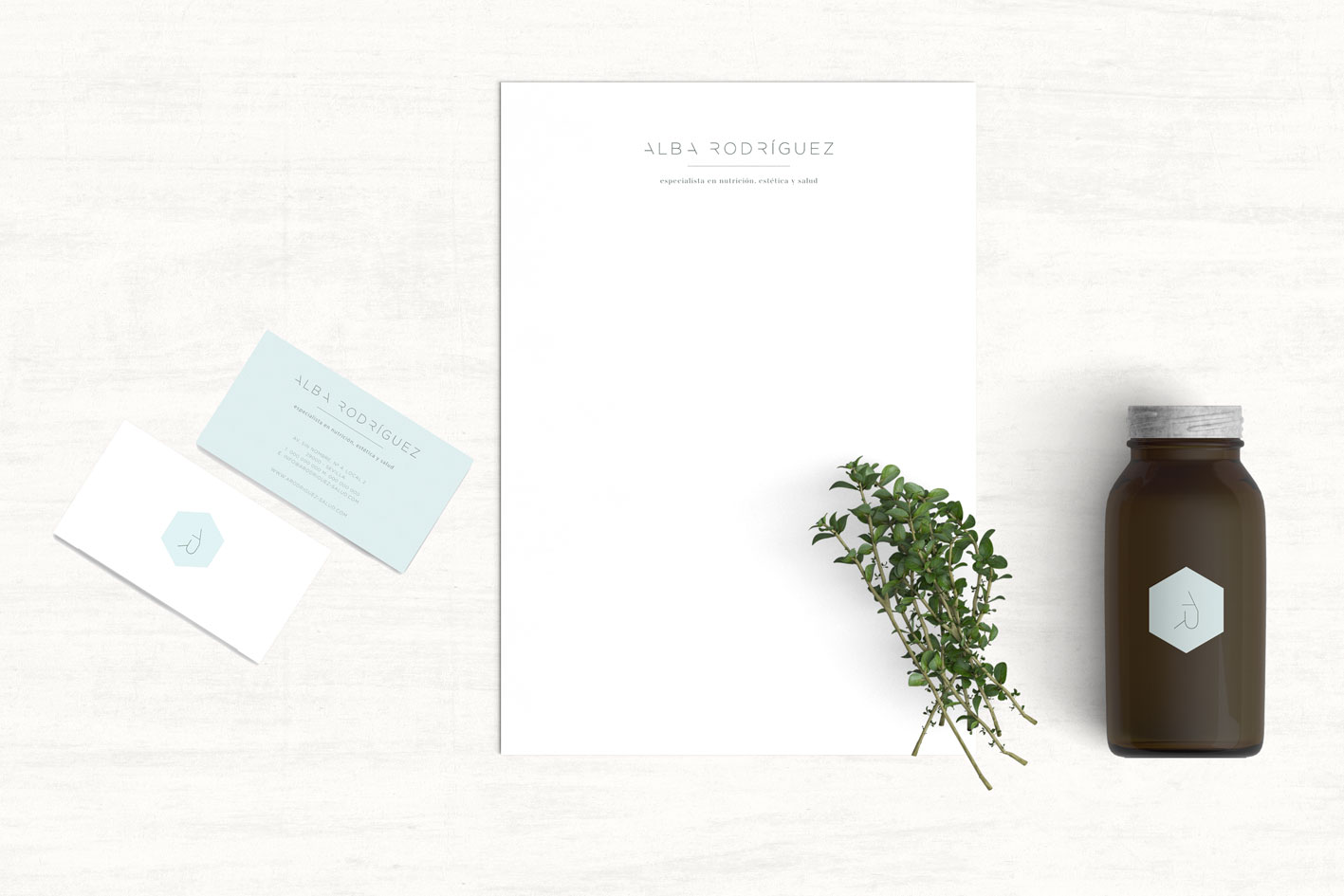 diseño logotipo tarjeta Alba Rodriguez por Blanco Ruso