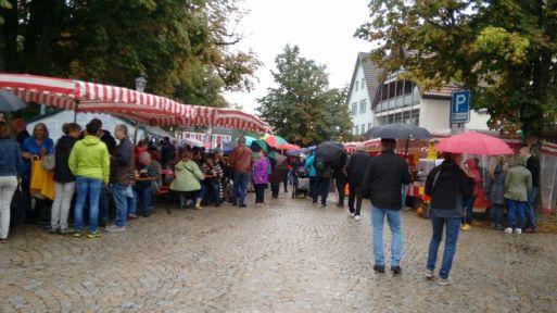 Holz- und Bauernmarkt