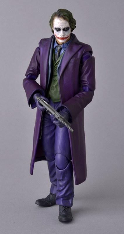 Medicom-MAFEX-The-Dark-Knight-Joker-Weapons-1