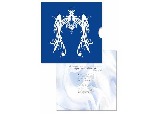 Faire-part de mariage imprimé sur du papier calque épais et inséré dans une jaquette de type CD