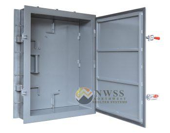 dual door escape shelter hatch