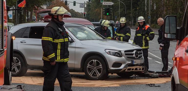 Unfall auf der Stader Straße - 2 Personen verletzt