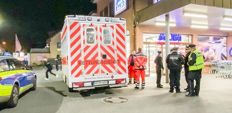 Raubüberfall auf Supermarkt - Täter flieht ohne Beute, versprüht aber Pfefferspray