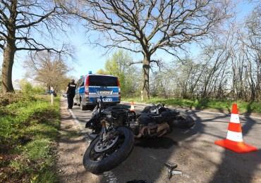 Motorradfahrer schwer verletzt! - Als er überholen wollte scherte plötzlich ein Lieferwagen aus!