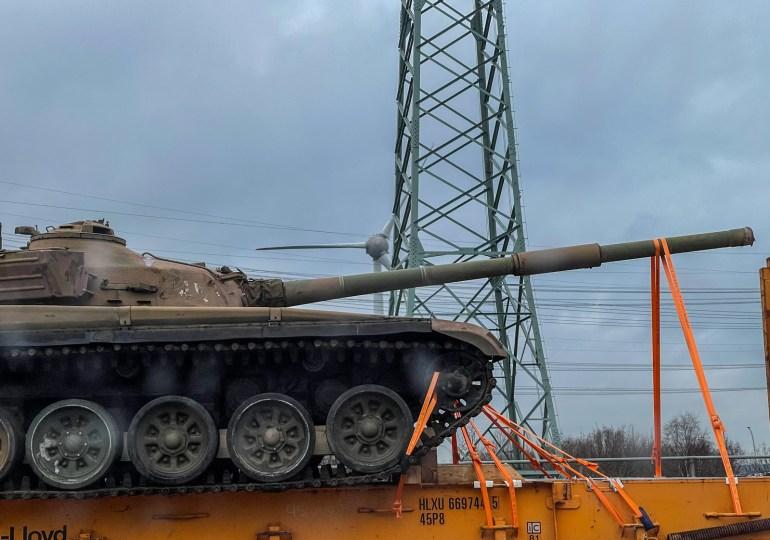 Panzer auf der Köhlbrandbrücke - Abwechslung im Berufsverkehr