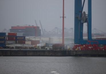 Säure-Wolke über den Hamburger-Hafen! - Feuerwehr Hamburg im Großeinsatz