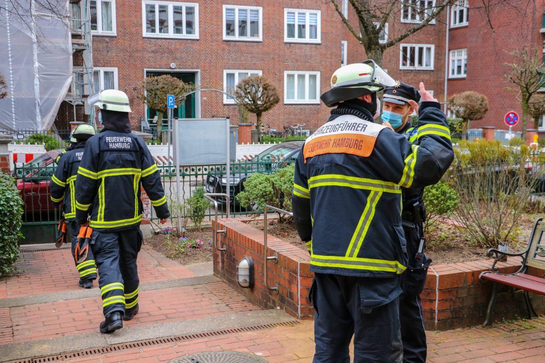 Mittagessen angebrannt – Feuerwehr rückt mit großem Aufgebot an!