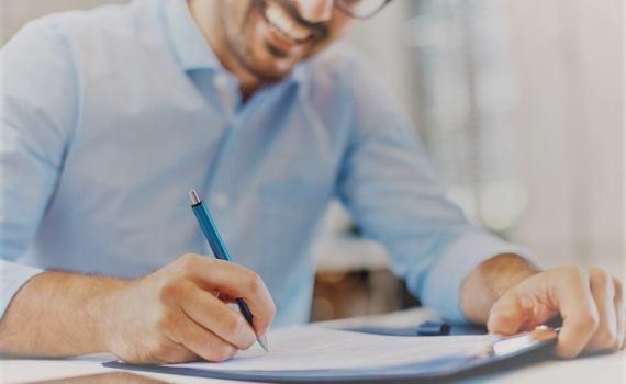 Ayudas para la contratación de personas trabajadoras revistas