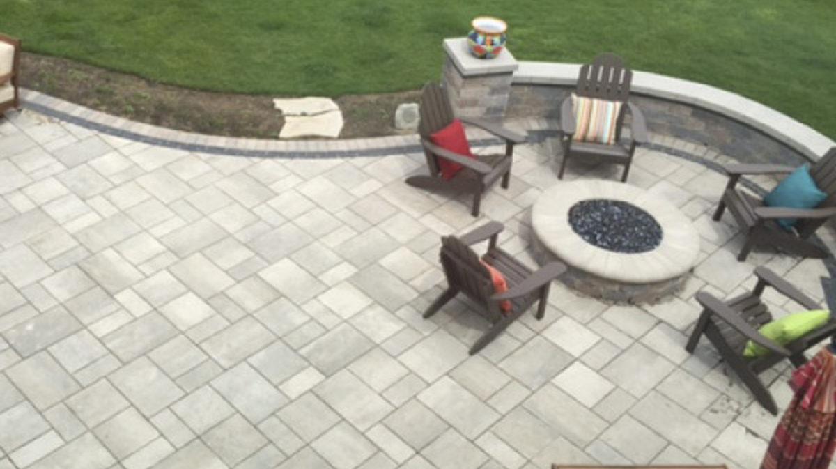 brick paver patio seat wall natural