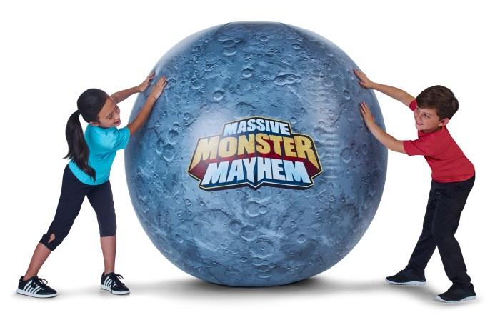 MMM_Massive Moonball_Duo2