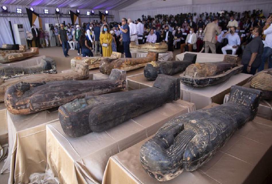 Odhalení 59 egyptských sarkofágů, ukrytých více jak 2600 let