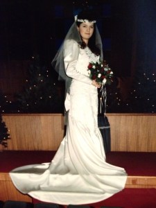 The big bows and pouffy sleeves mark me as a true bride of the 80s.