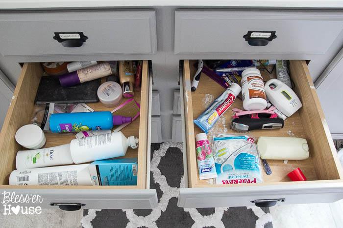 Dollar Store Bathroom Drawer Organization (2 of 7)