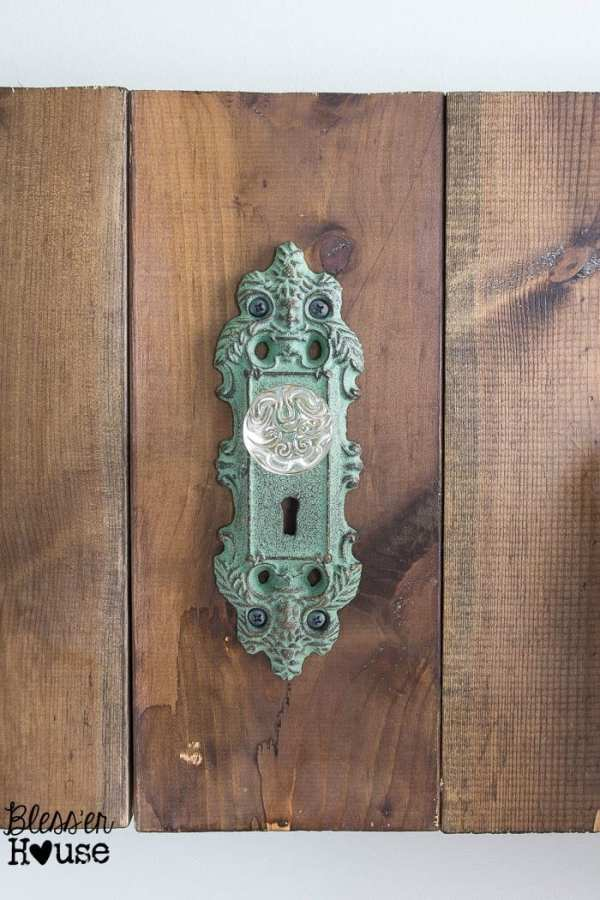 DIY Antique Door Knob Towel Rack | Bless'er House