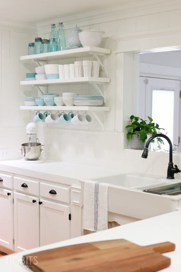 Fave Space Friday - Tidbits | Bless'er House - Stunning builder grade to charming cottage kitchen makeover!