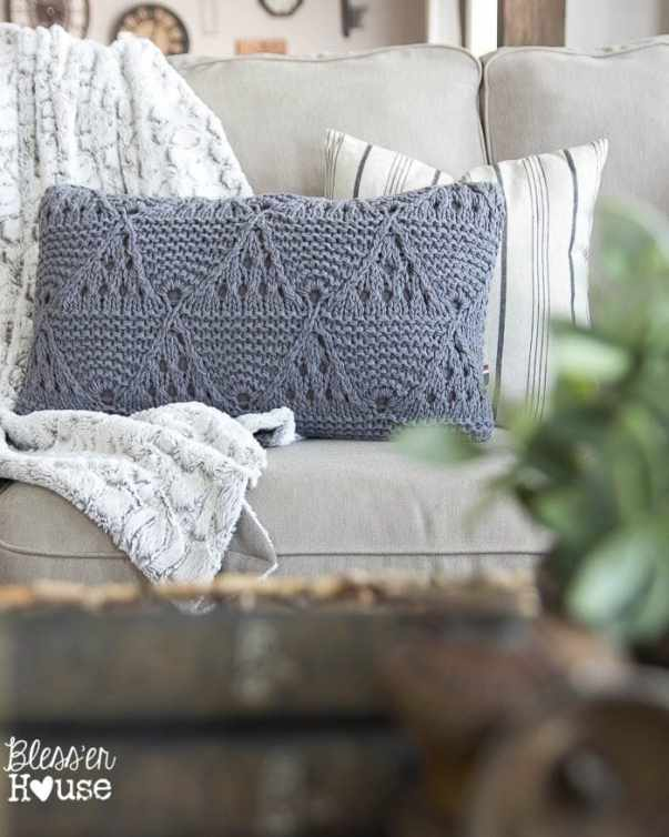 7 Ingredients to Create a Cozy Space | www.blesserhouse.com | cable knit pillow and fur throw