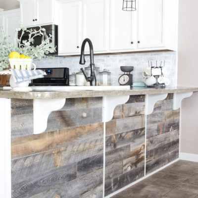 DIY Reclaimed Wood Bar