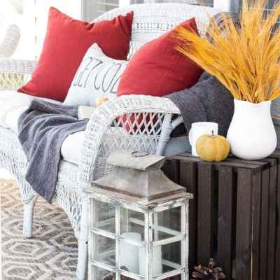 6 Tips for Decorating a Cozy Fall Porch + Giveaway