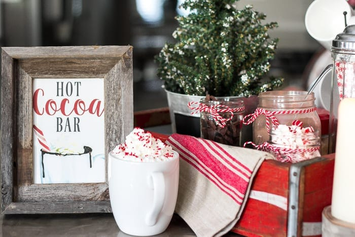 Thrifty Christmas decorating idea: use an old soda crate for a mini hot cocoa station