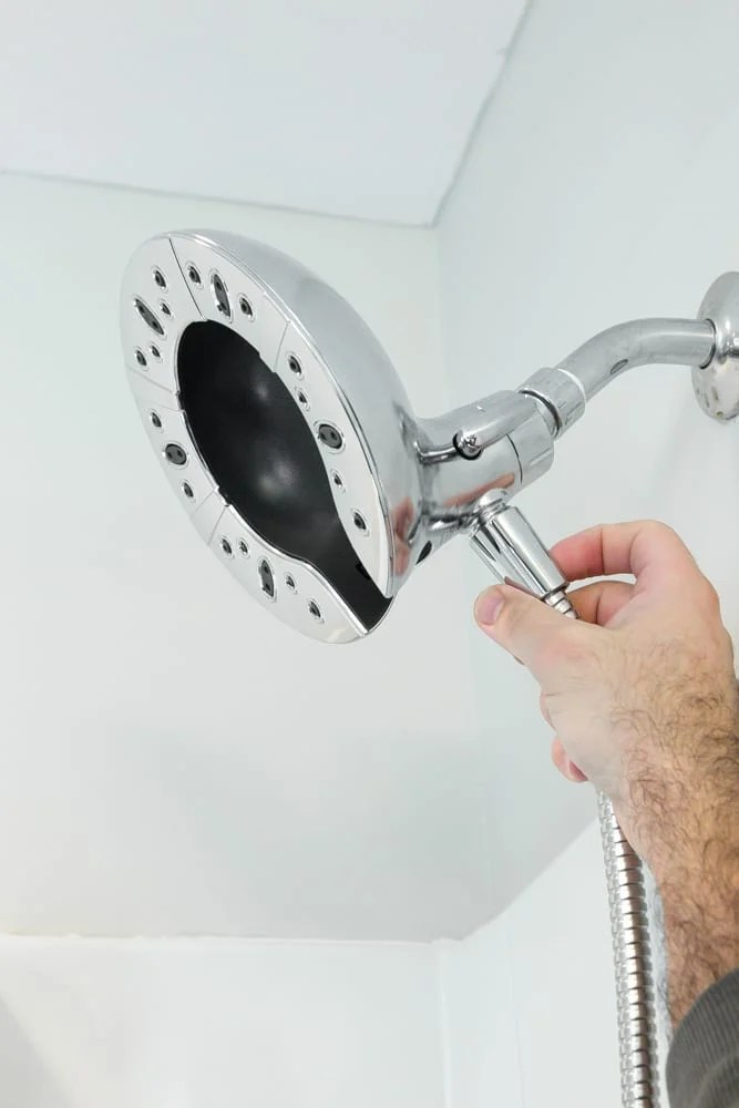 How to Install a Showerhead in 5 Minutes | blesserhouse.com - A quick and simple guide for installing a showerhead in 5 minutes, plus a complete review of the Delta Faucet In2ition Showerhead with H20kinetic Technology. #sponsored