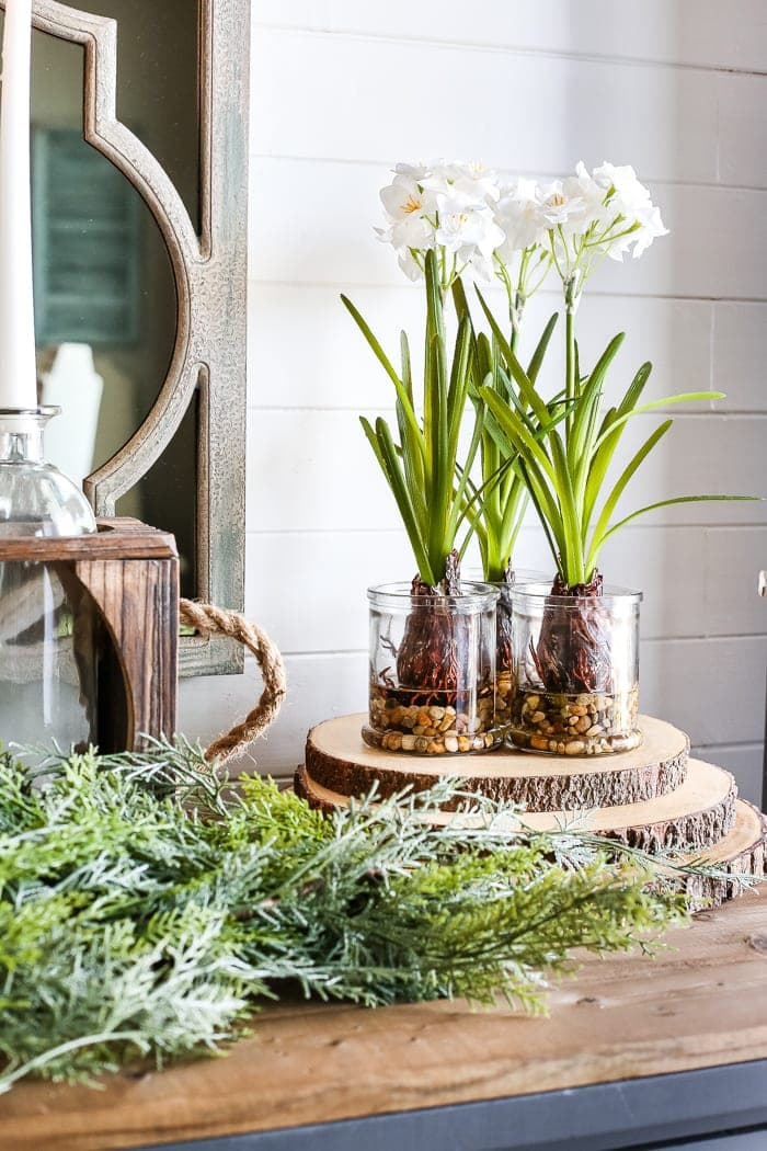 6 After-Christmas Winter Foyer Decorating Ideas | blesserhouse.com - 6 tips for decorating a winter foyer or entryway after Christmas to create warm lighting and natural elements for a cozy, inviting space