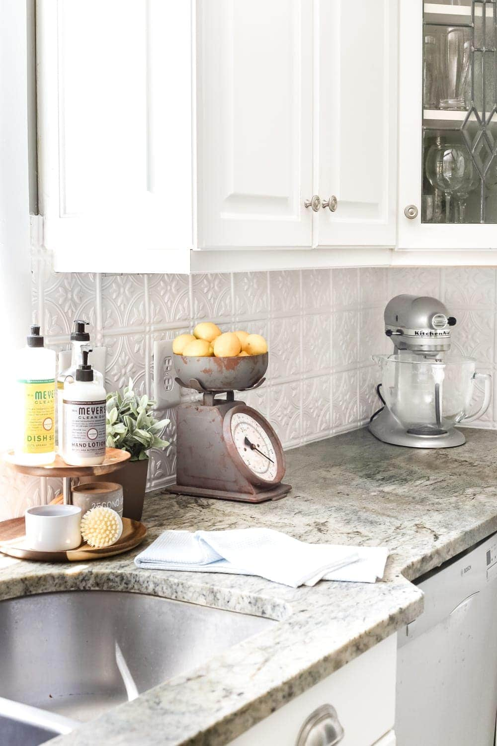 - DIY Pressed Tin Kitchen Backsplash - Bless'er House