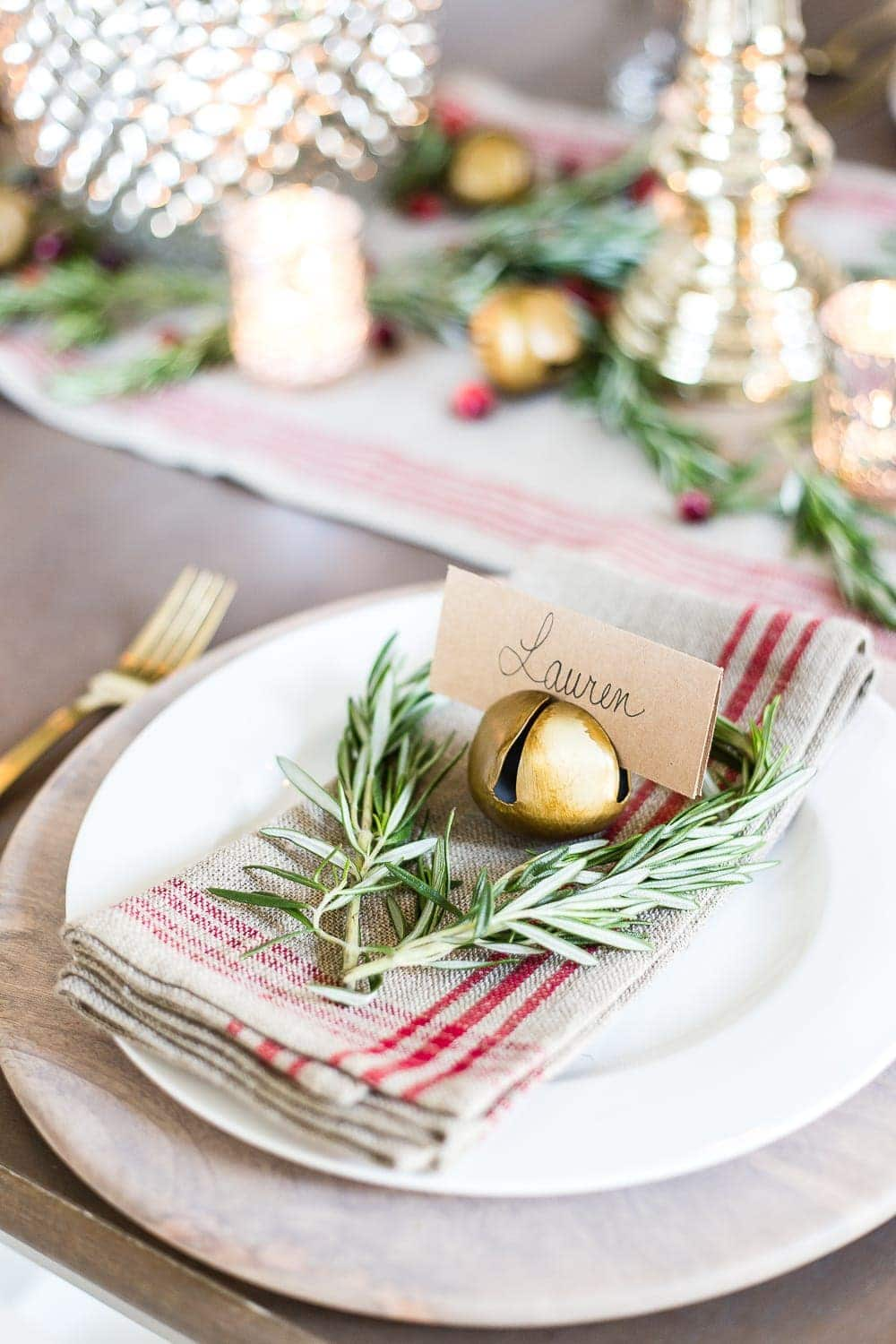 Thrifty Christmas decorating idea: Use a jingle bell as a place card holder