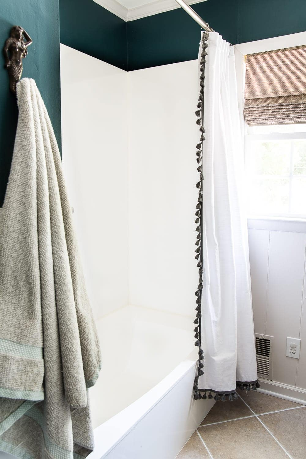 How to paint a sink, countertop, tub, and shower for $100 and how to make it last using Rustoleum Tub & Tile Refinishing Kit #bathroom #bathroommakeover #diyproject #homeimprovement #paintedsink #paintedcountertop #paintedtub #paintedshower