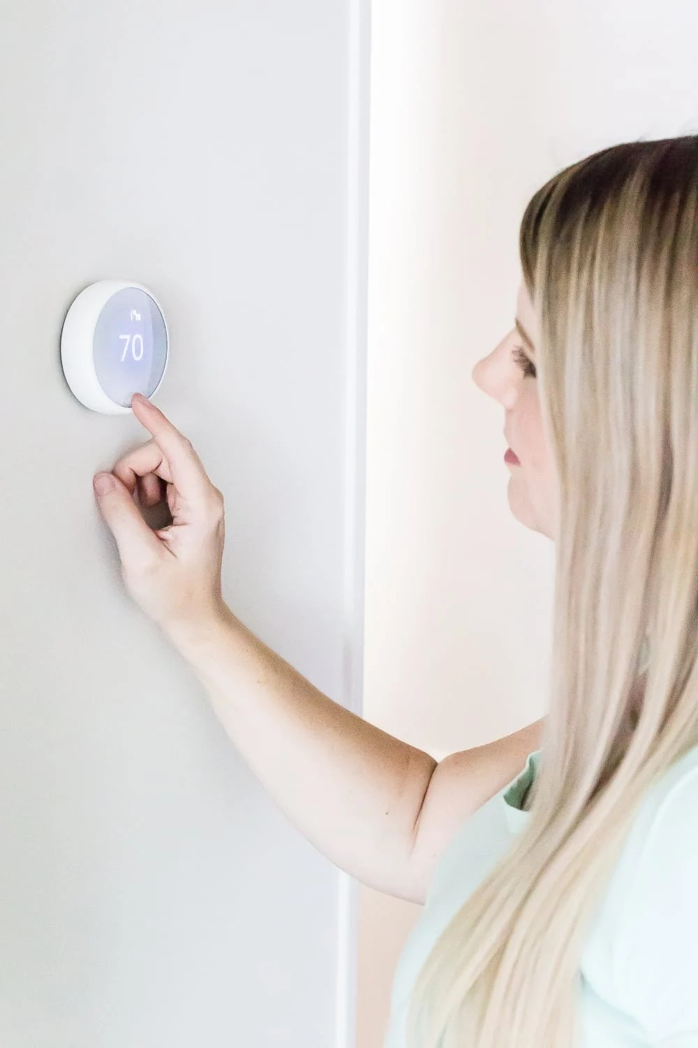 How to install a Nest thermostat by yourself to set up a smart home