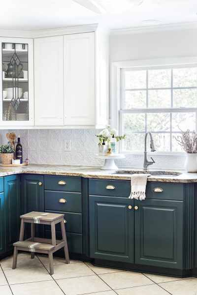 Green Kitchen Cabinet Update   Bless er House Sherwin Williams Billiard Green lower cabinets