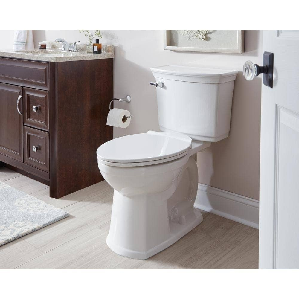 Classic Kids' Bathroom Renovation Plans with American Standard | Full bathroom renovation plans with solutions for maximizing space, creating function for kids, and creating a classic luxury style for less. #retrobathroom #classicbathroom #kidsbathroom