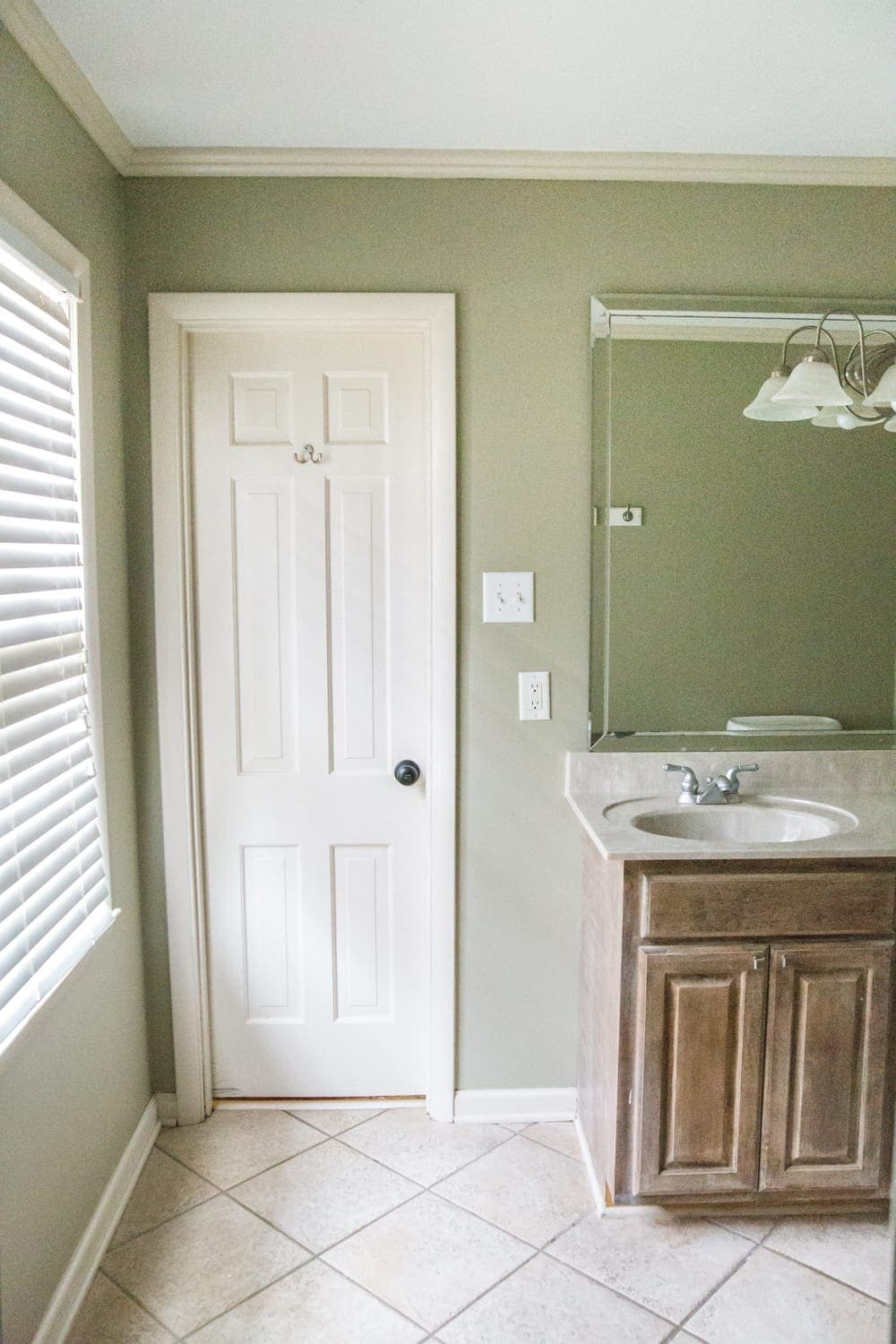 Budget Master Bathroom Refresh Reveal | before