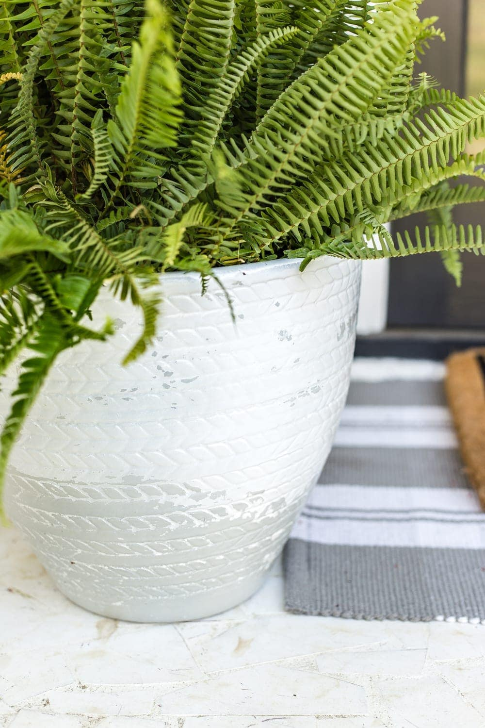 How to Distress Anything With 1 Simple Trick | Pottery Barn look-alike Tuscan style weathered planters using just spray paint