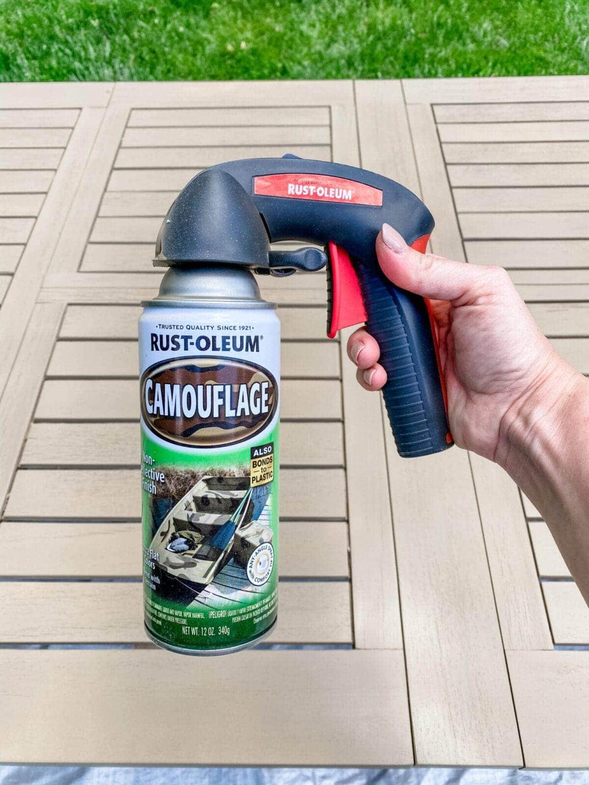 comfort grip for better spray paint application