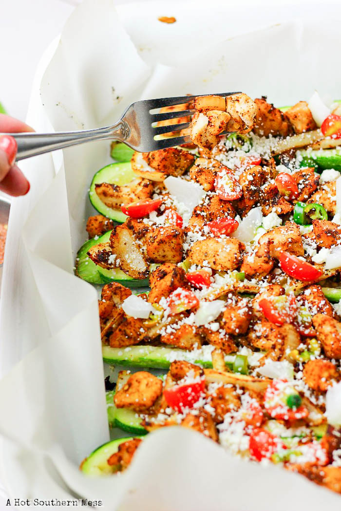 This Skinny Chicken Taco Zucchini Boat recipe is very easy to make, takes only 30 minutes to put together and is low-carb/gluten-free/take-out-the-tortillas-and-add-in-tender-veggies healthy alternative to chicken tacos.