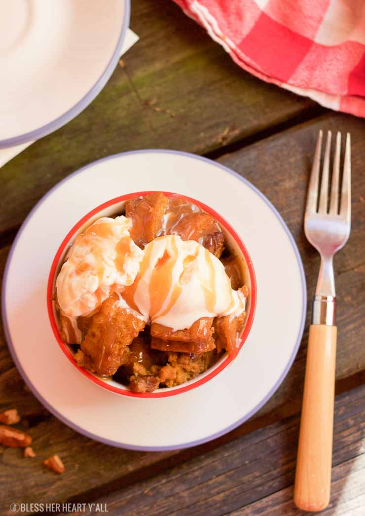 gluten free slow cooker pumpkin pecan bread pudding