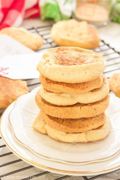 These Georgia peach sweet potato gluten free snickerdoodle cookies are gluten-free and so simple! Sweet potato is hidden inside as a healthier alternative, and peach preserves serve up warm bites of chewy peach in every bite. Crunchy on the outside, perfect on the inside.