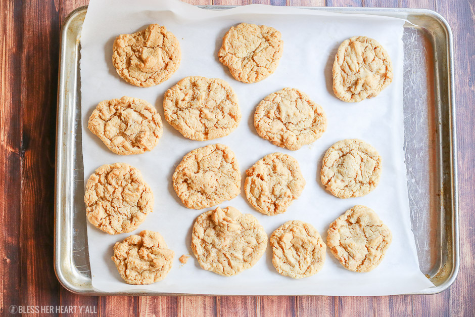 These 4-ingredient gluten free peanut butter cookies take creamy peanut butter, sugar, baking soda, and an egg and in 10 minutes turn it into soft and doughy-centered gluten free peanut butter cookies with perfectly crispy golden brown outer edges. Perfect for dunking in a cold glass of milk!