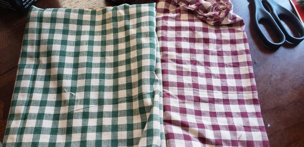 fabric I used for the mason jar lid ornament