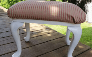 Farmhouse footstool makeover