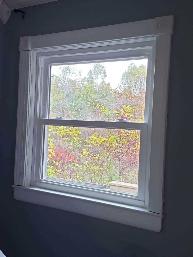 Dining room side window complete