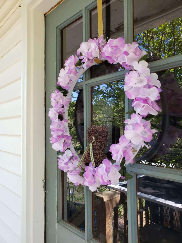 side view of Easter Bunny wreath