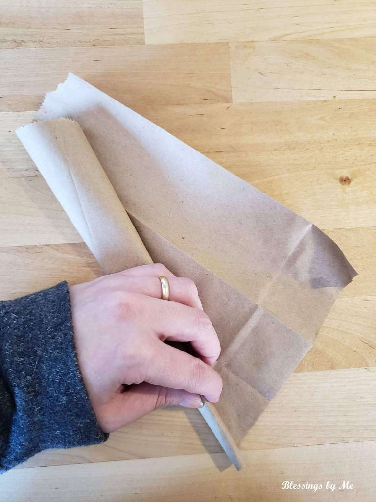 Roll the bag into a cone shape