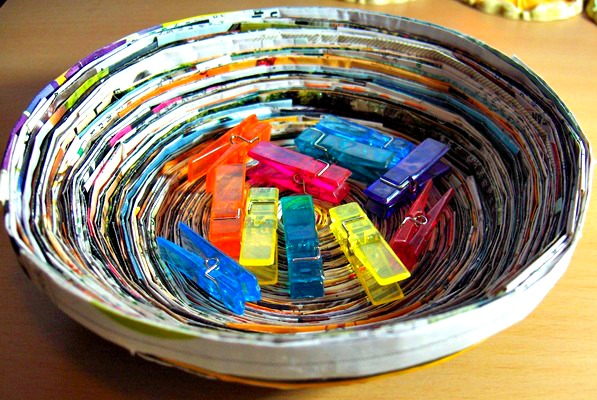 crafts using old magazines