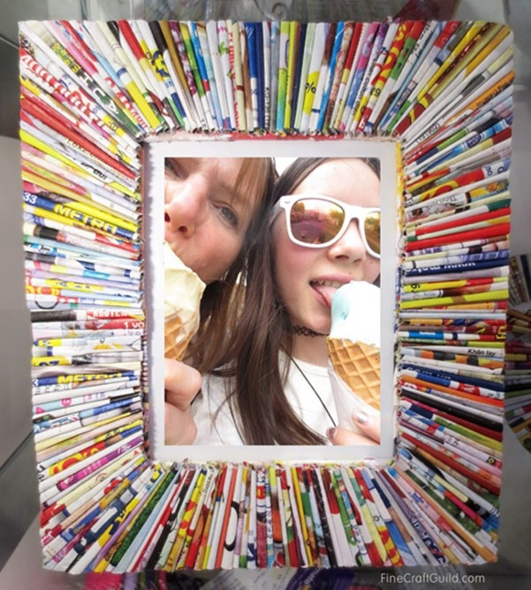 picture frame using old magazines