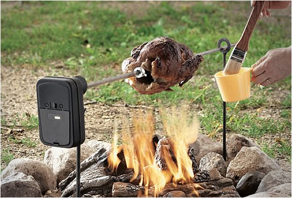 img_grizzly_pit_rotisserie_2.jpg